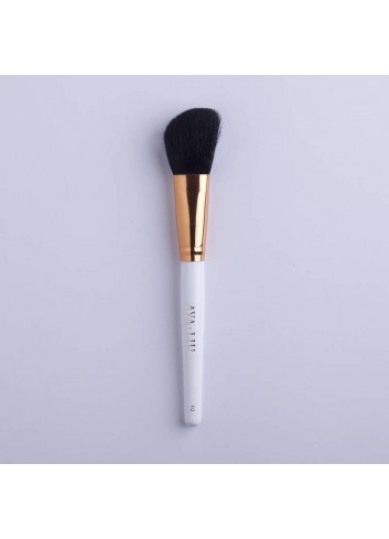 AVA.LIU Angled Powder Brush - no.2