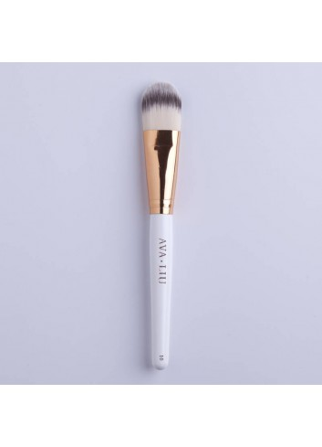 AVA.LIU Foundation brush - no.10